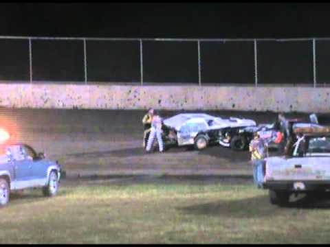 Tri-City Speedway Fight