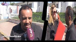 بالفيديو..كيسكن فوسط مستشفى ابن رشد فكازا و بغاو يخرجوه بالتهديد |