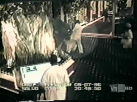 O.J. Simpson crime scene photos: **Warning** Graphic ...