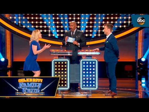 Kellie Missed The Buzzer - Celebrity Family Feud
