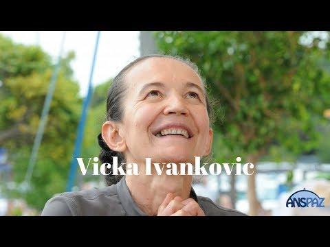Vicka de Medjugorje fala aos peregrinos brasileiros e ao Padre José Sometti | 11.2017 | ANSPAZ