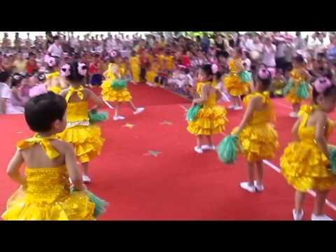 [Mầm Non Đồng Hòa] - Bé Khỏe Ngoan 2013 -  We are the one