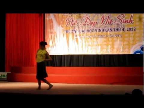 Múa quê tôi Hoàng Thùy Vui (Miss FLD) Đại Học Vinh