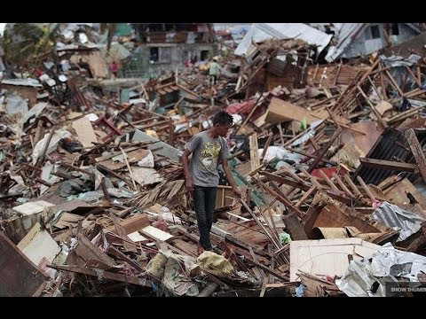 "HUNDREDS FEARED DEAD AS TYPHOON HAIYAN CAUSES ""MASSIVE DESTRUCTION"" ACROSS PHILIPPINES (NOV 9, 2013)"