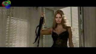 Sophia Loren Strip-teases
