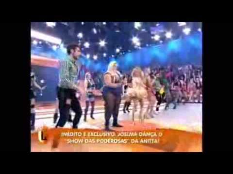 Banda Calypso no Arraiá do Legendários - Joelma dançando Show das Poderosas