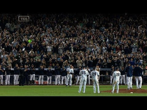 Mo exits final home game to heartfelt ovation