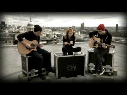 Paramore Decode (acoustic) Live 27th Sept 09, Hayley Williams singing live