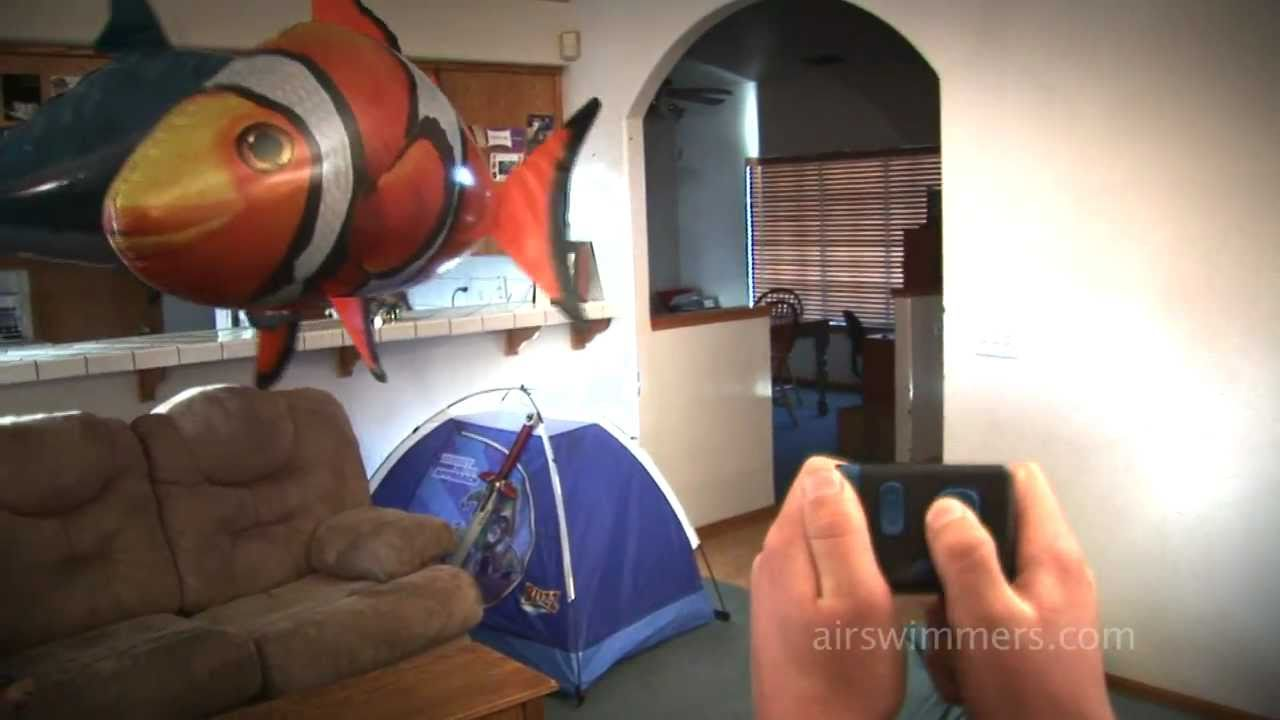 Air swimmers awesome rc flying shark and clownfish for Remote control flying fish
