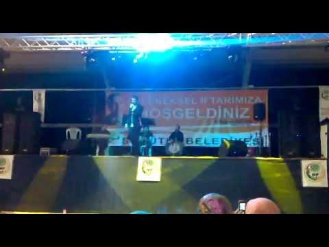 """Tezcan Özkaya ( Sakarya Konseri ) """"Şehitler Ölmez"""""""