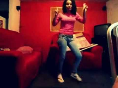 Liliane dançando 'kuduro' kkk