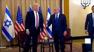 ترامب يتجاهل مصافحة نتانياهو أمام عدسات الإعلام   |   قنوات أخرى