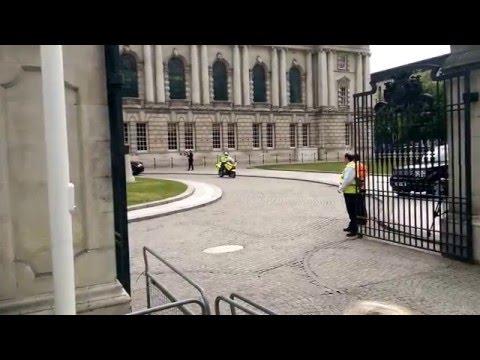 Queen Elizabeth II Leavin Belfast City Hall.