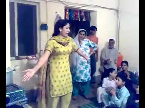 Pattan Girl Dance in Wedding