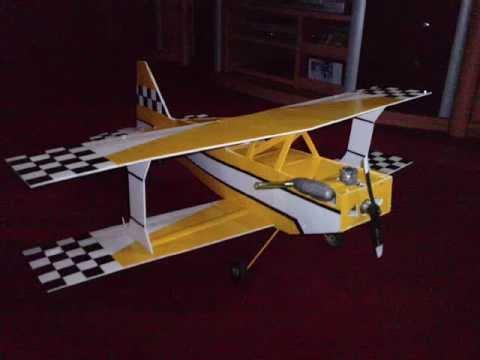Como hacer un Avion RC ULTIMATE-Polipropileno-coroplast-carton plastico-