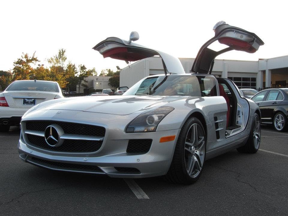 2012 mercedes benz sls amg start up exhaust and in depth. Black Bedroom Furniture Sets. Home Design Ideas