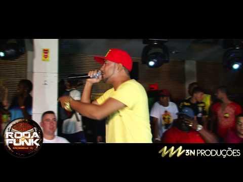 MC Leozinho do Recife :: Apresentação ao vivo na Roda de Funk :: Full HD