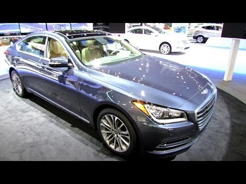2015 Hyundai Genesis 3.8 H-Trac - Exterior and Interior Walkaround - 2014 Chicago Auto Show
