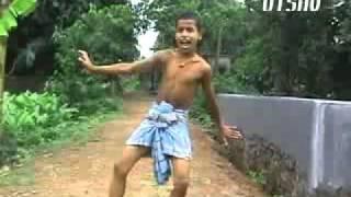 Dhinka Chika - Lungi Dance - Ready (2011).flv view on youtube.com tube online.