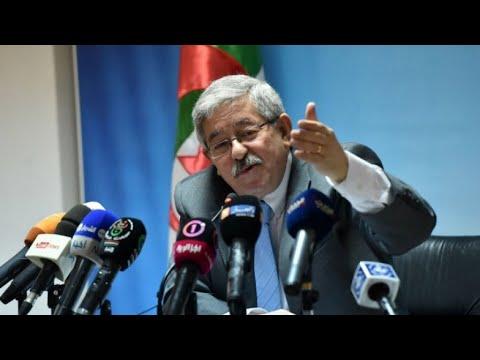 الجزائر.. تعيين أويحيى رئيسا للوزراء خلفا لتبون