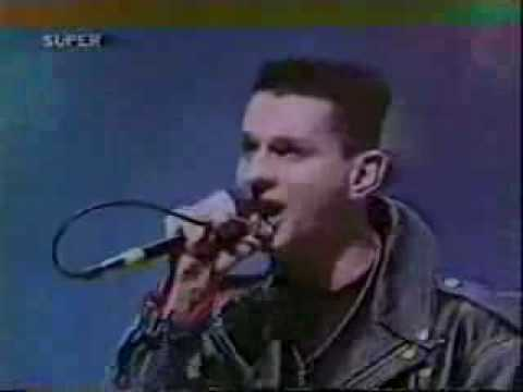 depeche mode - black celebration live
