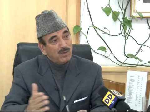 Union Health Minister Sh Ghulam Nabi Azad highlighting achievements in the health sector