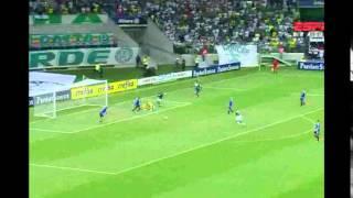 Alex faz jogo de despedida com camisa do Palmeiras