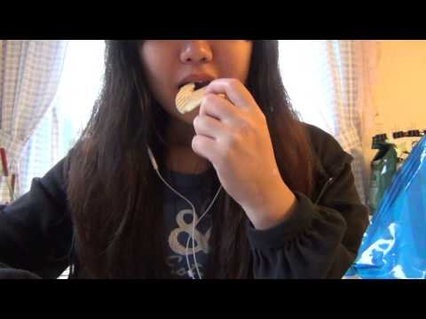 Eating Potato Chips -vY2m4W8pUFA
