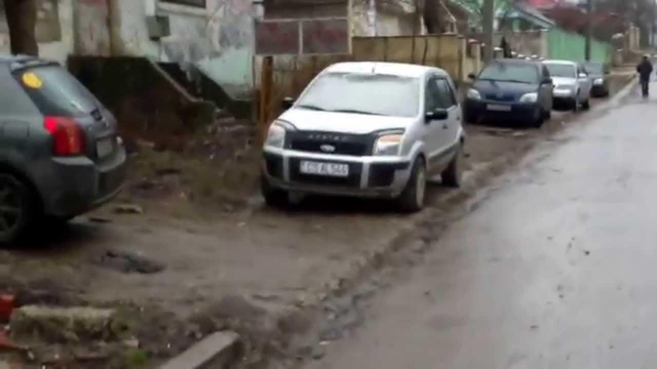 Polițiști de la Căușeni cu numere transnistrene