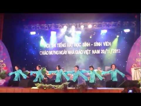 Giaỉ nhất Múa QUÊ TÔI - XNK 15C (20/11/2012)