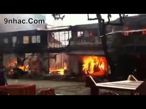 Cháy nhà lớn ở thành phố Buôn Ma Thuột