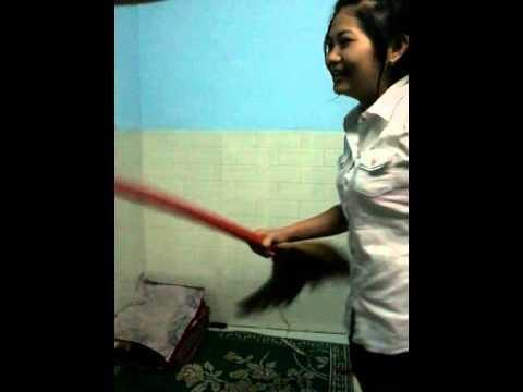 Vợ đánh chống dã man