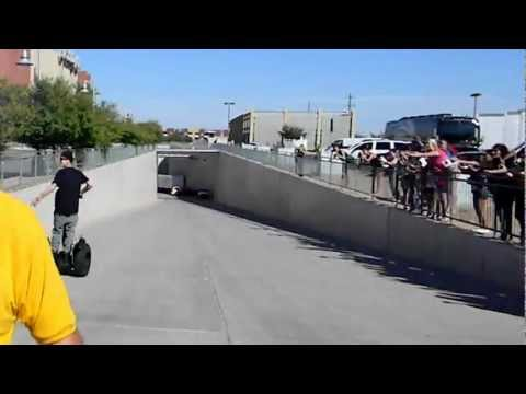 Justin Bieber Meets Fans on Segway in Glendale, AZ - Videos