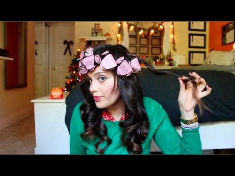 Vintage Inspired Curls Using Hot Rollers: A Tutorial