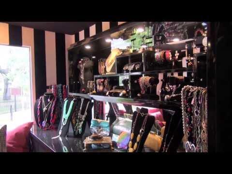 La Boutique Mobile Fashion Truck in Tampa, FL