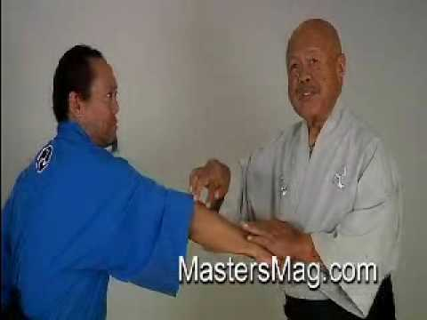 Ted Tabura Vlo-2c Okinawa-Te Karate