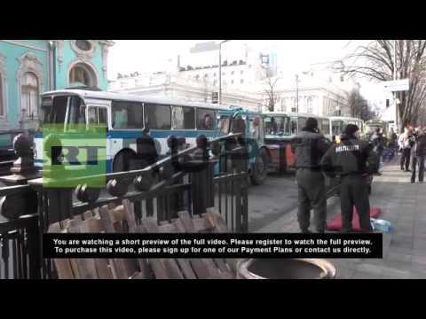 Ukraine: Berkut forces withdraw from guarding Kiev's Rada