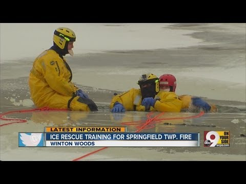 Firefighters train for ice rescue