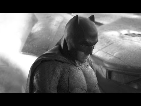 Ben Affleck Batman First Look!