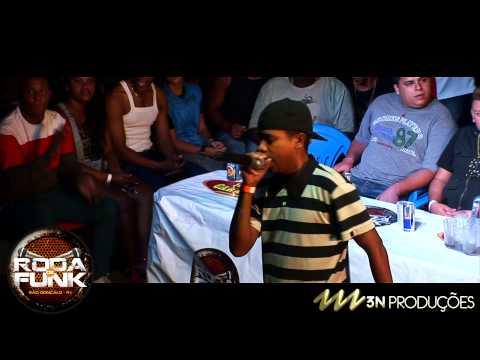MC Pé de Pano em uma apresentação Histórica na Roda de Funk