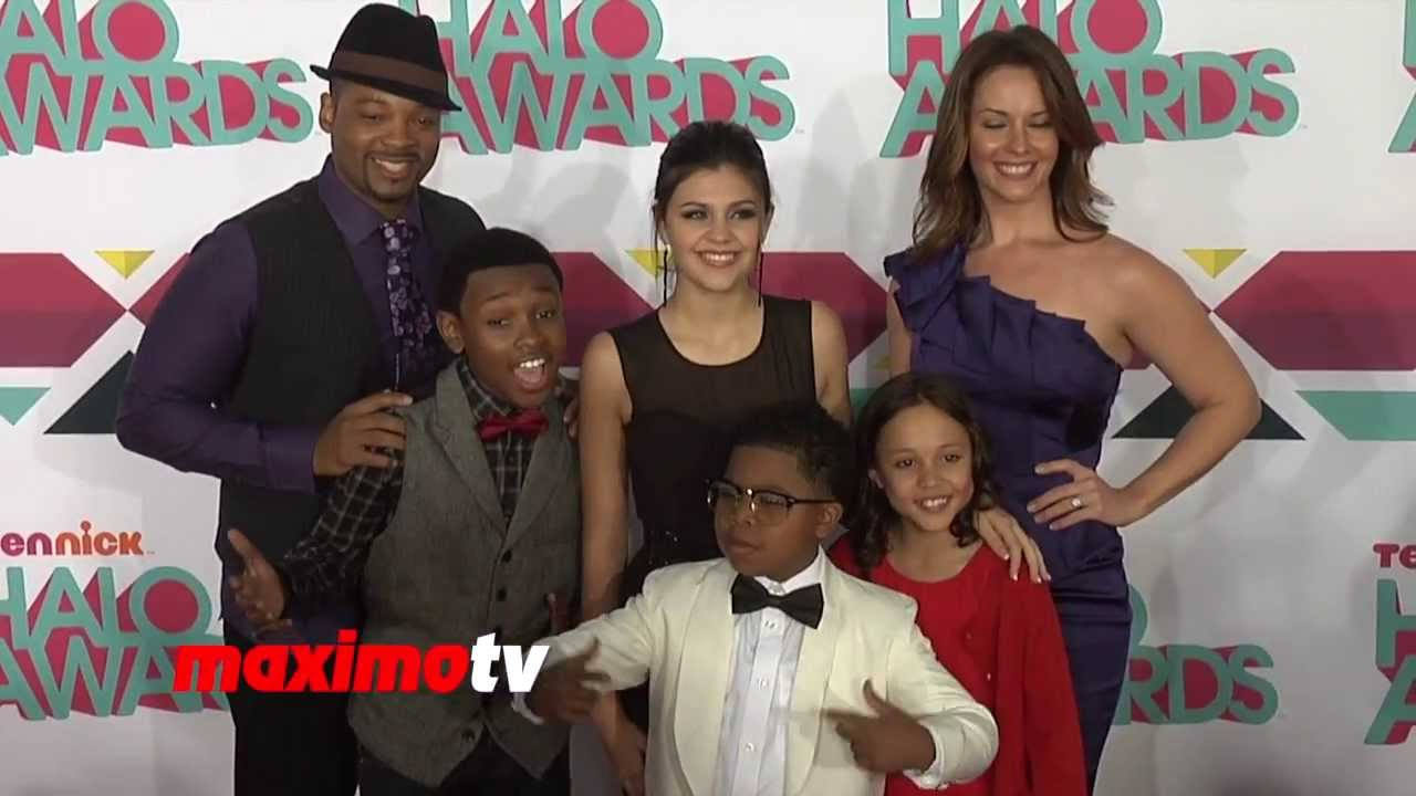 Displaying 20&g... The Haunted Hathaways Cast Names
