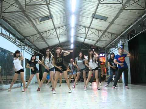 Lop hoc nhay hien dai - Kpop Dance - Sexy Love - T-ARA - [BoBo's class].AVI