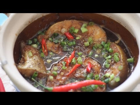 Ca Kho To (Vietnamese Braised Catfish in Claypot)