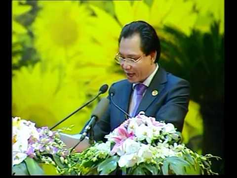 Watch Videos Online   Chu nhiem HTX ChienCong   Veoh com