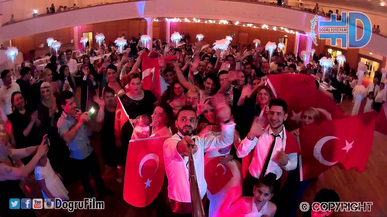 Havva & Hamza - Muhteşem Bayrak Show