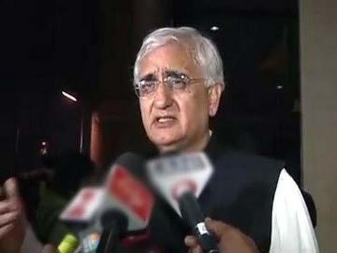 WATCH: Salman Khurshid Makes Fun Of Supreme Court, Election Commission Directives