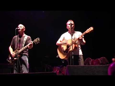 Thumbnail of video Throw your arms around me (Eddie Vedder & Mark Seymour) Pearl Jam