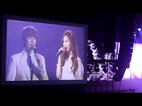 Way Back Into Love -  SEOHYUN &  KYUHYUN ~  SMTown Live World in Paris [11-06-2011]