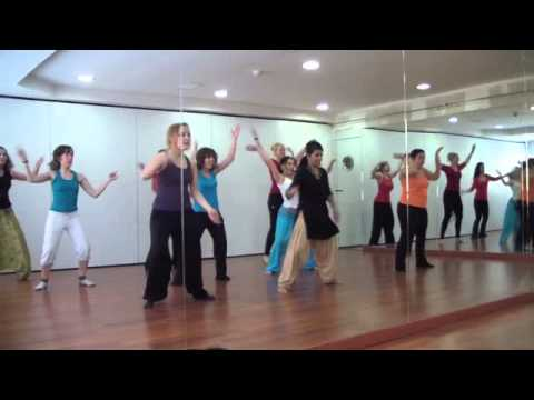 Bollywood courses with Mistri