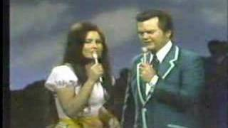"Loretta Lynn Conway Twitty""easy Loveing"""